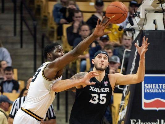 Xavier_Missouri_Basketball_68754.jpg