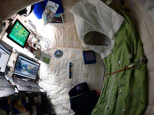 bedroom in the international space station photo twitter screengrab