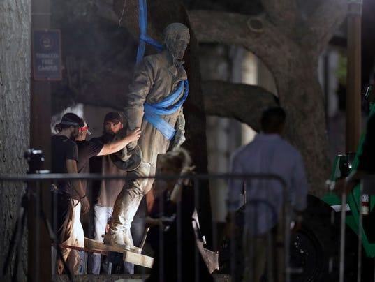 Confederate-Statue-8.jpg