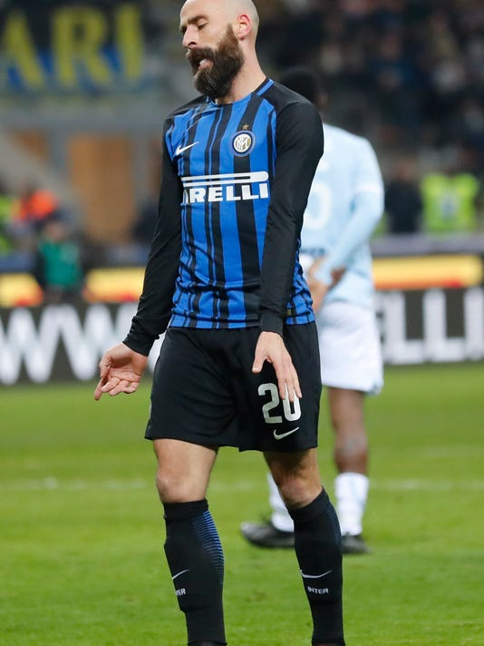 Inter Milan's Borja Valero reacts during the Serie A soccer match between Inter Milan and Lazio, at the Milan's San Siro stadium, Italy, Saturday, Dec. 30, 2017. (AP Photo/Antonio Calanni)