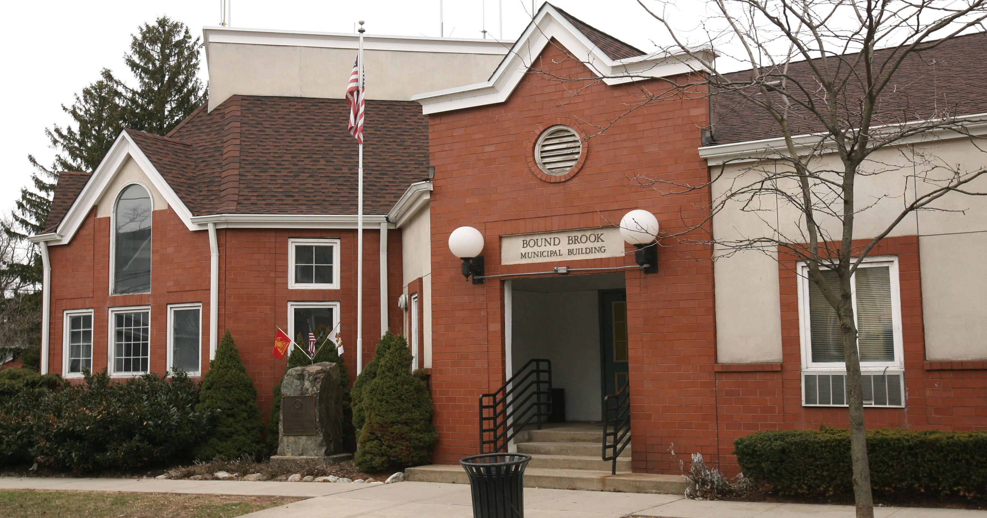 Bound Brook mayor to veto salary for himself, council members