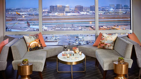 Los Angeles Airport Marriott's M Lounge has a view