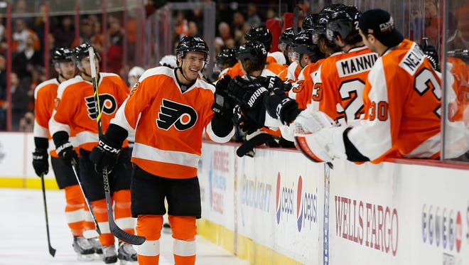 Nick Cousins, center, has found early chemistry with Scott Laughton and Dale Weise.