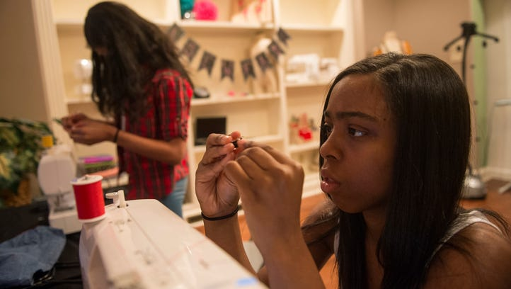 Memphis woman teaching youth the 'lost art' of sewing