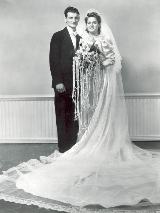 48977059_tom_and_mary_wedding_1942