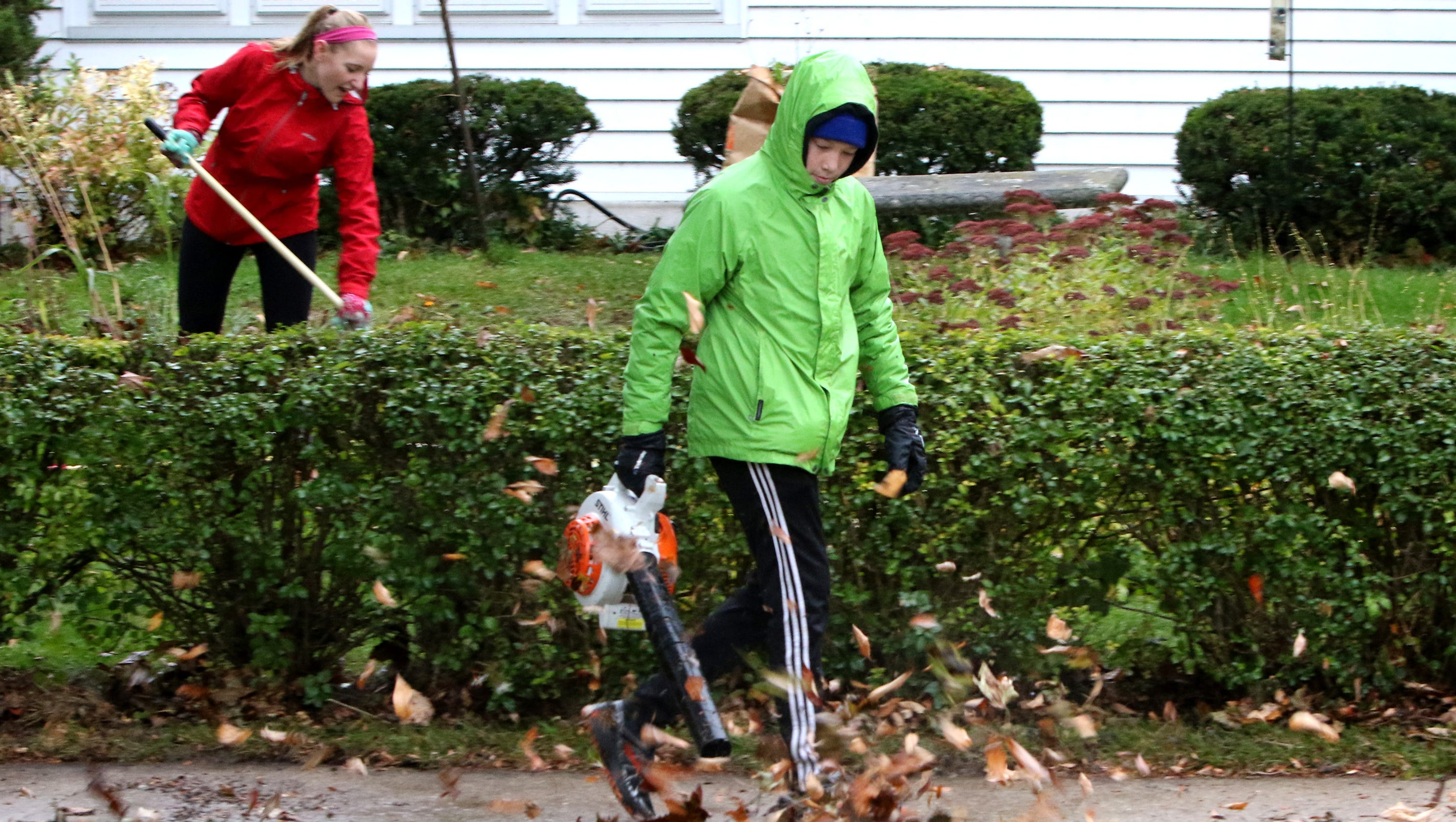 shorewood annual yard clean up