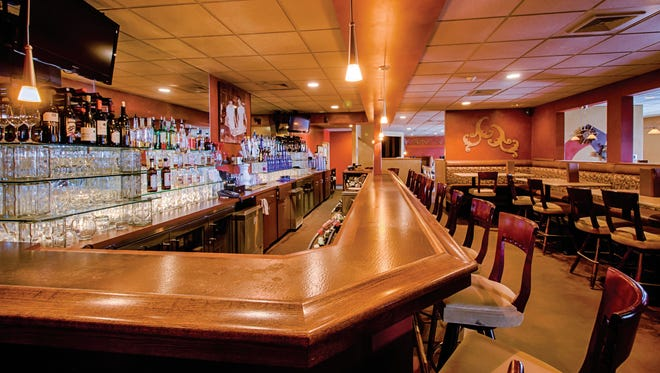 Mama Mia's, which opened in 2002 in Wales, has a martini bar with craft cocktails. The bar also features many Wisconsin beers. The Italian restaurant is expanding in Delafield in 2018.
