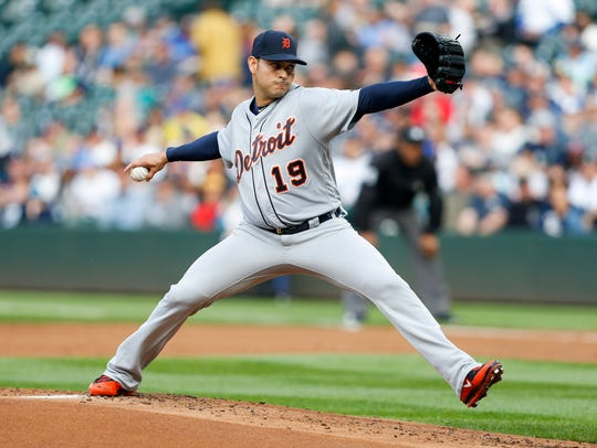 Tigers pitcher Anibal Sanchez (19) throws during the