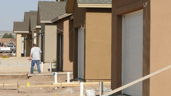 Before construction begins on a new home, the builder must sign up for a water meter and pay impact fees. The process begins by calling Las Cruces Utilities Customer Service at 575-541-2111.