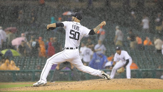 Detroit Tigers Mike Fiers pitches in the rain during sixth inning action against the Los Angeles Angels Wednesday, May 30, 2018, Comerica Park in Detroit, Mich.