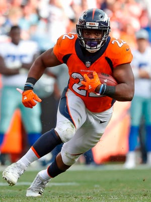 Running back C.J. Anderson's resume includes a Pro Bowl, two dozen TDs, a pair of playoff touchdowns and a Super Bowl win with Denver.