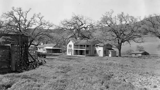Sleuths use ridgelines and topography to try to identify filming sites, such as this one from 1939, part of the Mystery Ranch that will be discussed Wednesday in Oak Park.