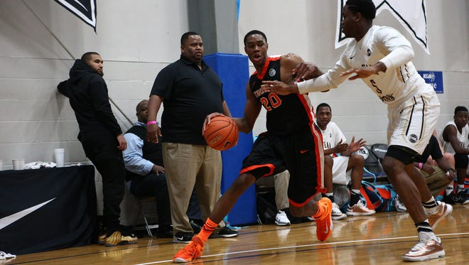 Louisville-bound V.J. King got off to a solid start at Nike's Peach Jam.
