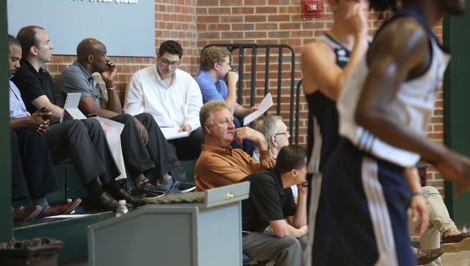 Larry Bird watches prospective NBA draftees during a pre-draft workout at Bankers Life Fieldhouse Wednesday, June 15, 2016.
