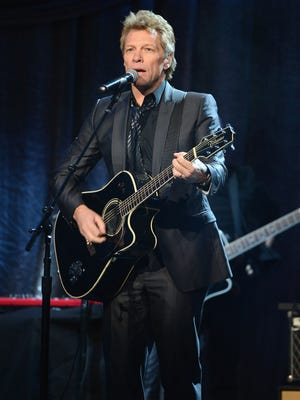 "Jon Bon Jovi performs onstage at ""Howard Stern's Birthday Bash"" presented by SiriusXM, produced by Howard Stern Productions at Hammerstein Ballroom on January 31, 2014 in New York City."