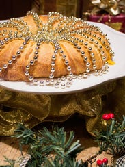 Decorate your crescent roll holiday wreath with garland,