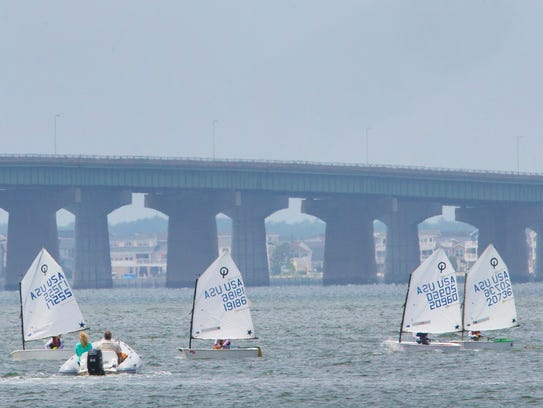 Young sailors from Barnegat Light Yacht Club sail in