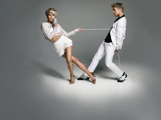 Move Live Julianne and Derek Hough.jpg