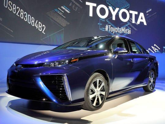 levanduski toyota hydrogen car at green grand prix. Black Bedroom Furniture Sets. Home Design Ideas