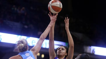 Indiana Fever acquire all-star forward Candice Dupree
