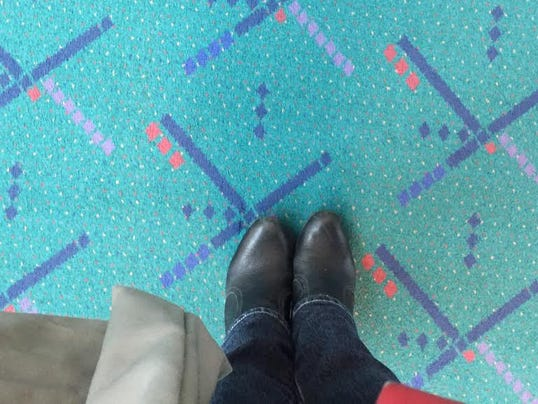 635573607207343756-2-PDX-Foot-forward-selfies-with-the-PDX-carpet-are-very-popular-at-Portland-Int-l-Airport