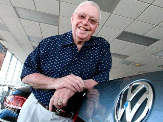 Long time auto dealer Bob Hoy passes away at  was 81.
