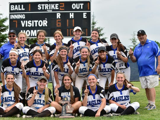 Lakeland earned a 7-6 win over rival Milford and won the Division 1-District 32 championship.