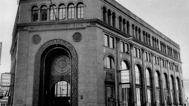 The main office of the Rochester Savings Bank, 40 Franklin St., is seen in this 1971 file photo.
