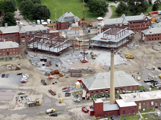 Aerial photos of the construction at the Waterbury State Office Complex on July 2014.