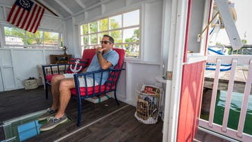 East China man's tiny houseboats are making waves across the US