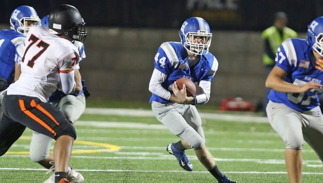 Haldane and Sam Giachinta (44) dropped last year's Class D championship game to Tuckahoe 24-12 at Pace University.