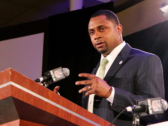 ADVANCE FOR WEEKEND EDITIONS, JUNE 7-8 - FILE - In this Jan. 31, 2013 file photo, former NFL football player Troy Vincent speaks during a news conference in New Orleans. When Vincent, recently made the NFL's head of football operations, mentioned in April the NFL's interest in establishing a developmental league, he couldn't have imagined the response it would get. (AP Photo/Doug Benc, File)
