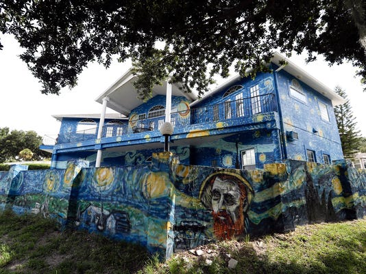 AP CORRECTION STARRY NIGHT HOUSE A ENT USA FL