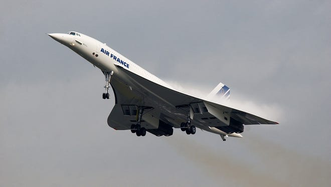A supersonic Concorde aircraft, on Nov. 7, 2001.