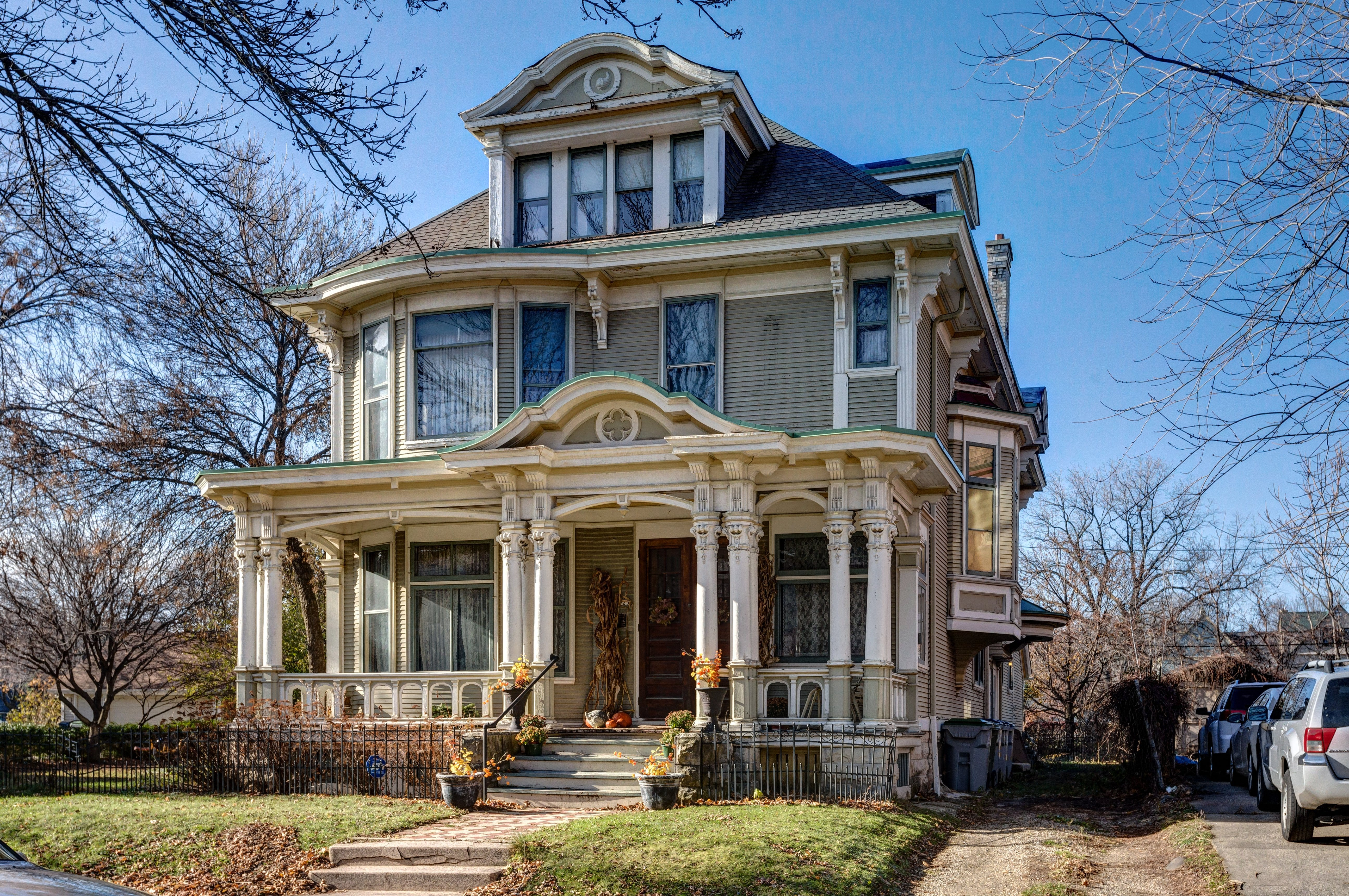 Home tours historic to remodeled