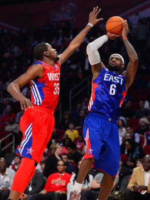 LeBron James, right, still has it on Kevin Durant, according to NBA GMs.
