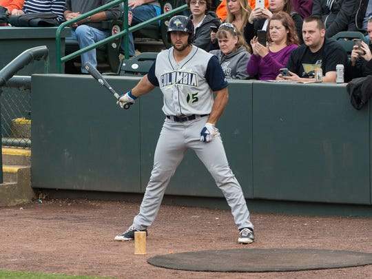 Columbia Fireflies outfielder Tim Tebow at the batting circle during a game against the Delmarva Shorebird on Wednesday, May 10, 2017.