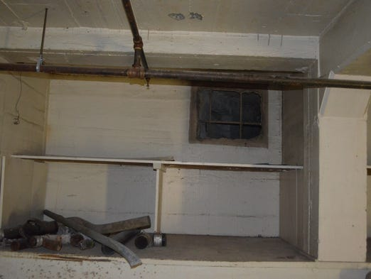 Former don the beachcomber palm springs home being re for Sun tunnel basement