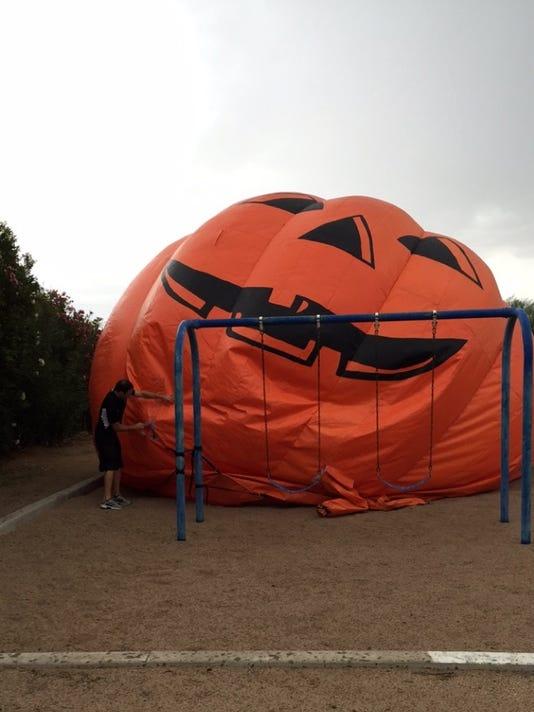 Peoria's runaway pumpkin returns