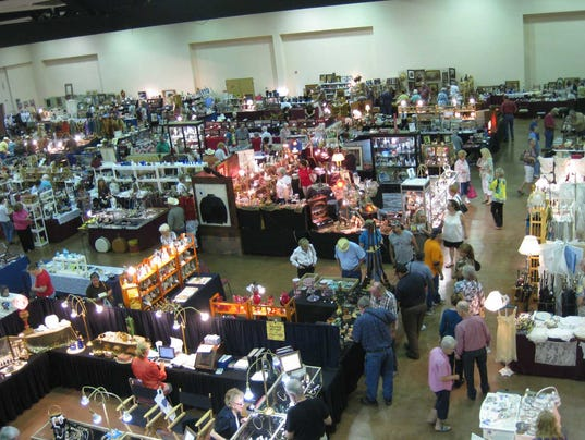 ruidoso-antique-show-new-mexico3.jpg