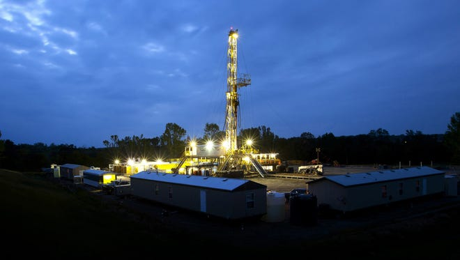 A BHP oil and shale gas rig in Fayetteville, Arkansas