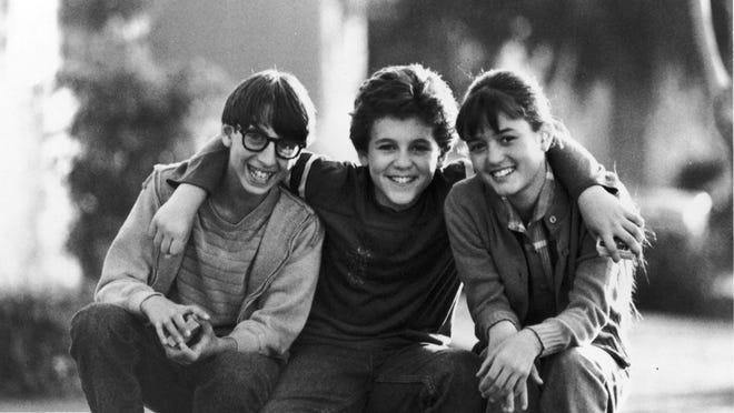 Josh Saviano, Fred Savage and Danica McKellar from the Wonder Years --- DATE TAKEN: Unavailable     ABC , Source: library       HO      - handout   ORG XMIT: ZX61898