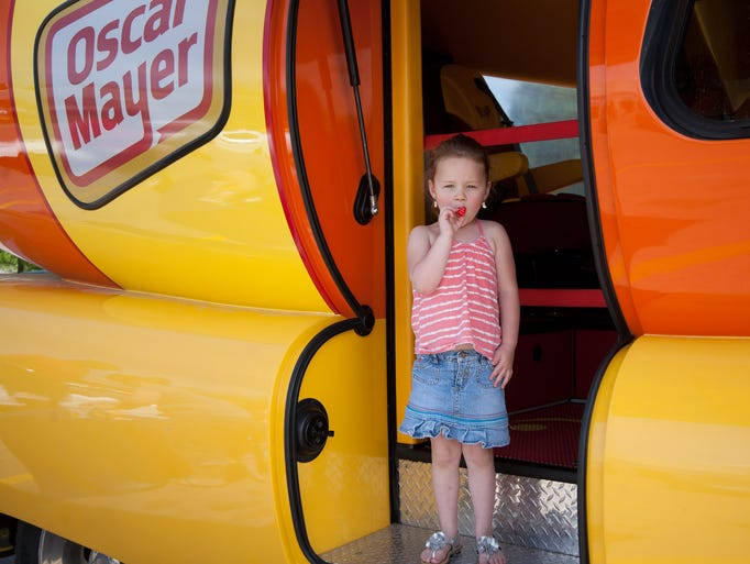 Oscar Mayer Donation Request moreover 8 Photos The Oscar Mayer Wienermobile At East Euclid Hy Vee Store moreover Oscar Mayer Wienermobile Interior likewise The Oscar Mayer Wienermobile Fun For Kids Of All Ages in addition 3040408685. on inside wienermobile