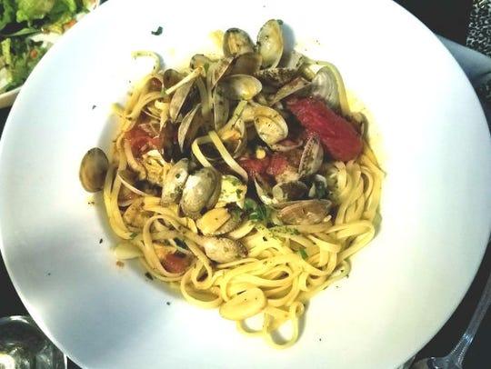 La Forchetta's clams marechiaro was two dozen tender,