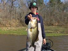 BASS Nation High School Open angler weighs 10-pounder