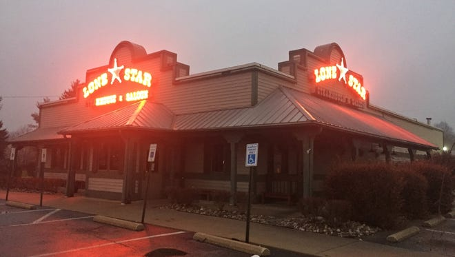Lone Star Steakhouse and Saloon has closed its Battle Creek location at 50 Knapp Dr.