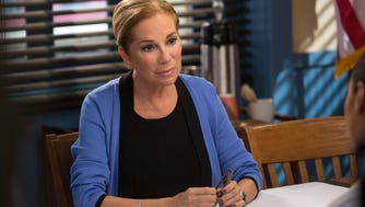 """Kathie Lee Gifford guest stars as a psychiatrist on """"The Mysteries of Laura."""""""