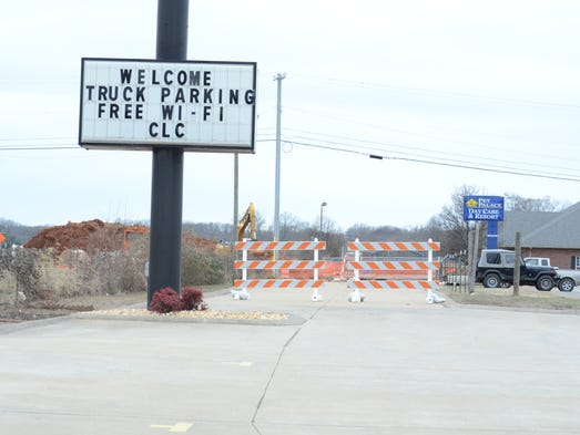 TDOT road work at the intersection of Highway 76 and