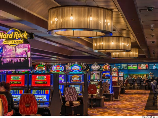 635794034191581480-Hard-Rock-Hotel-Casino-Lake-Tahoe-Casino-Floor-2