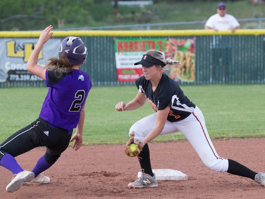 Douglas' Haley Doughty tags out Spanish Springs Rylee
